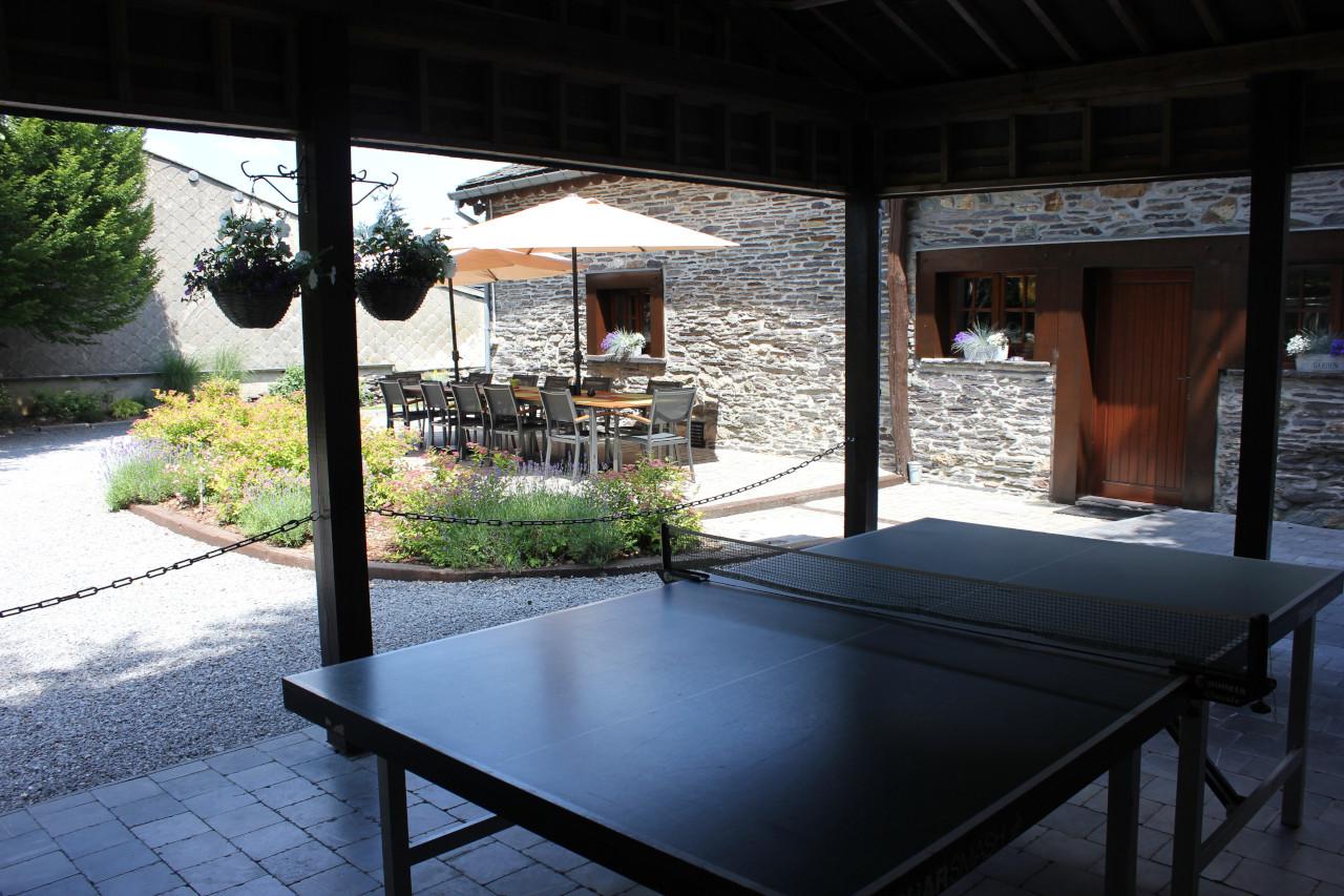 Gïte 12 personnes avec terrasse couverte